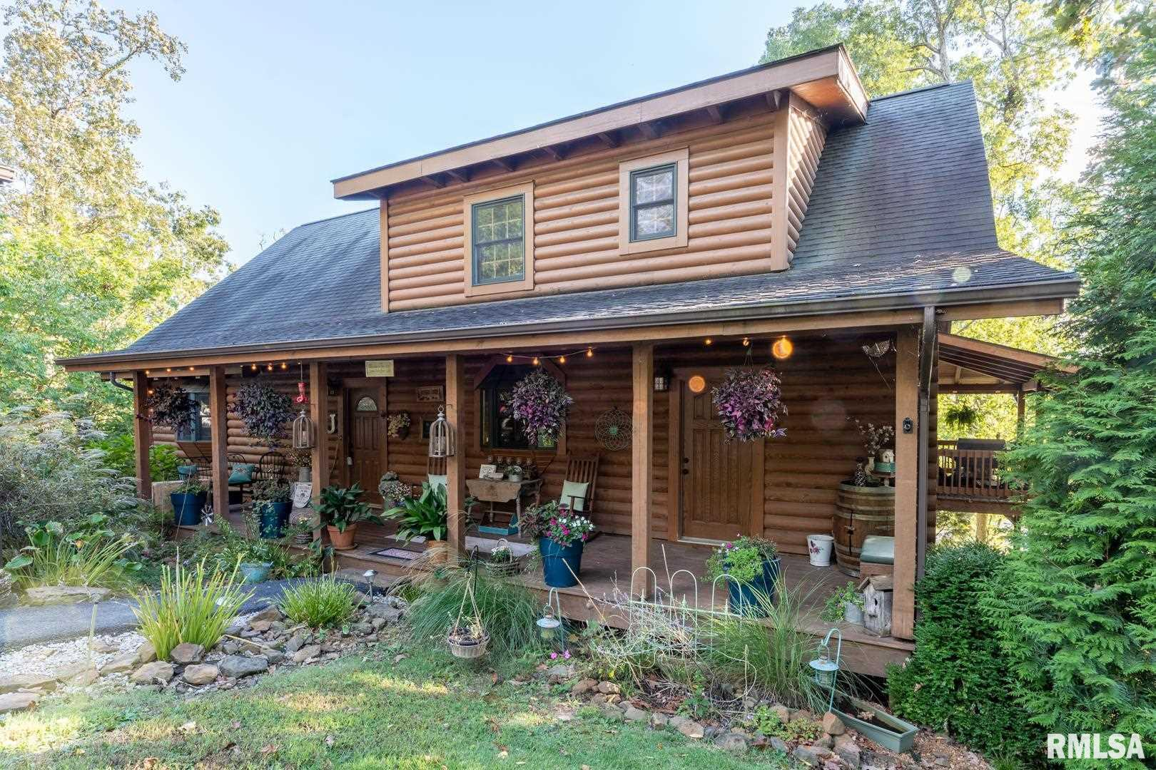 1055 S Lakeshore Drive Property Photo 1