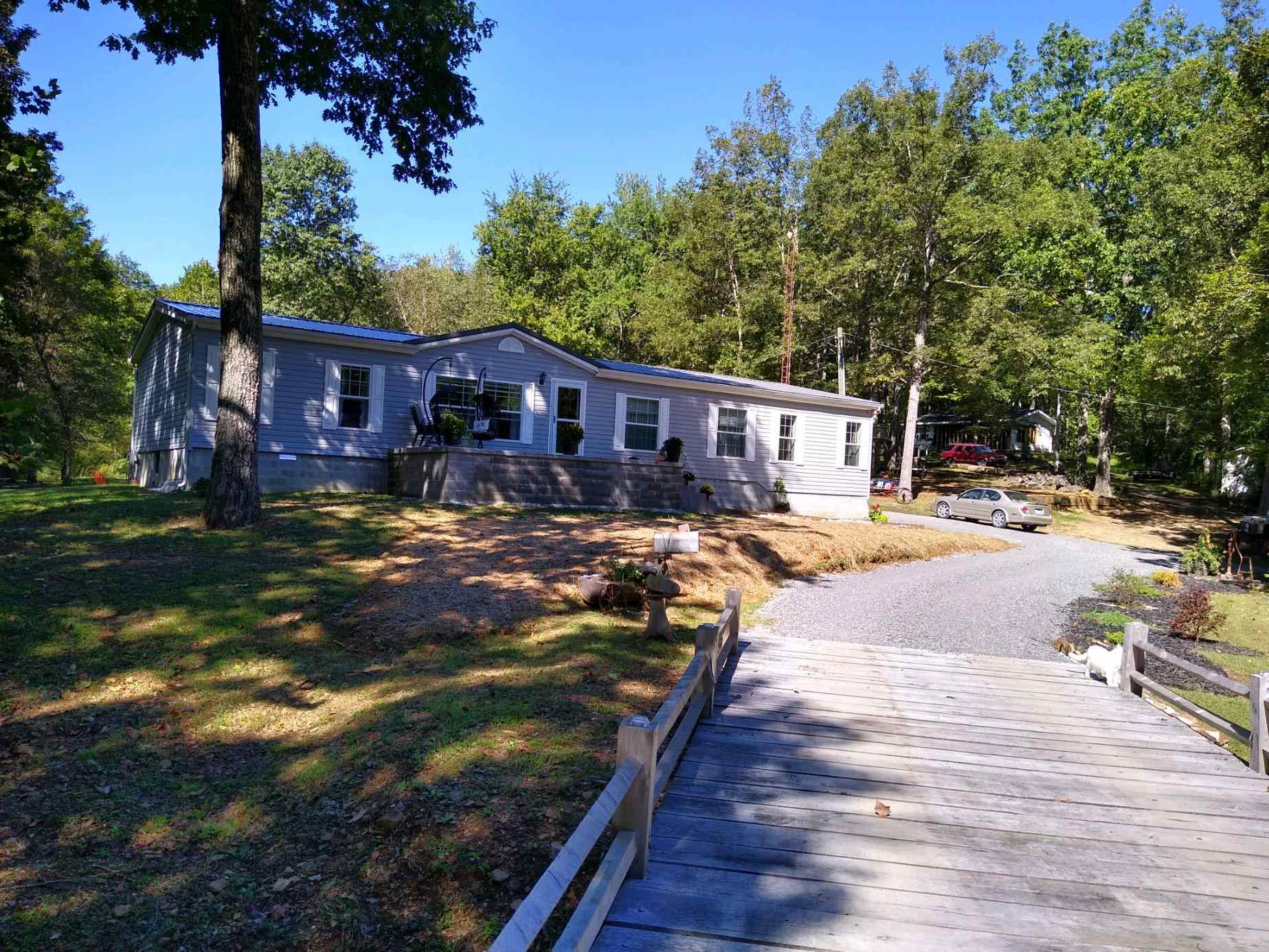 85 Moss Creek Drive Property Photo 1