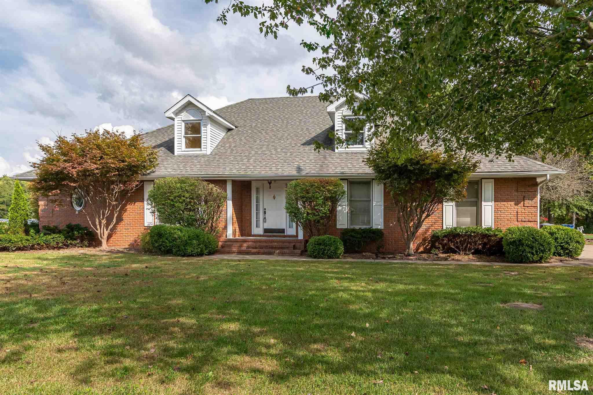 1601 Eugene Lane Property Photo 1