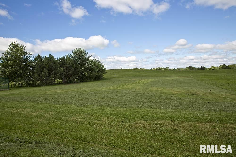 5227 S CAMERON Property Photo - Mapleton, IL real estate listing