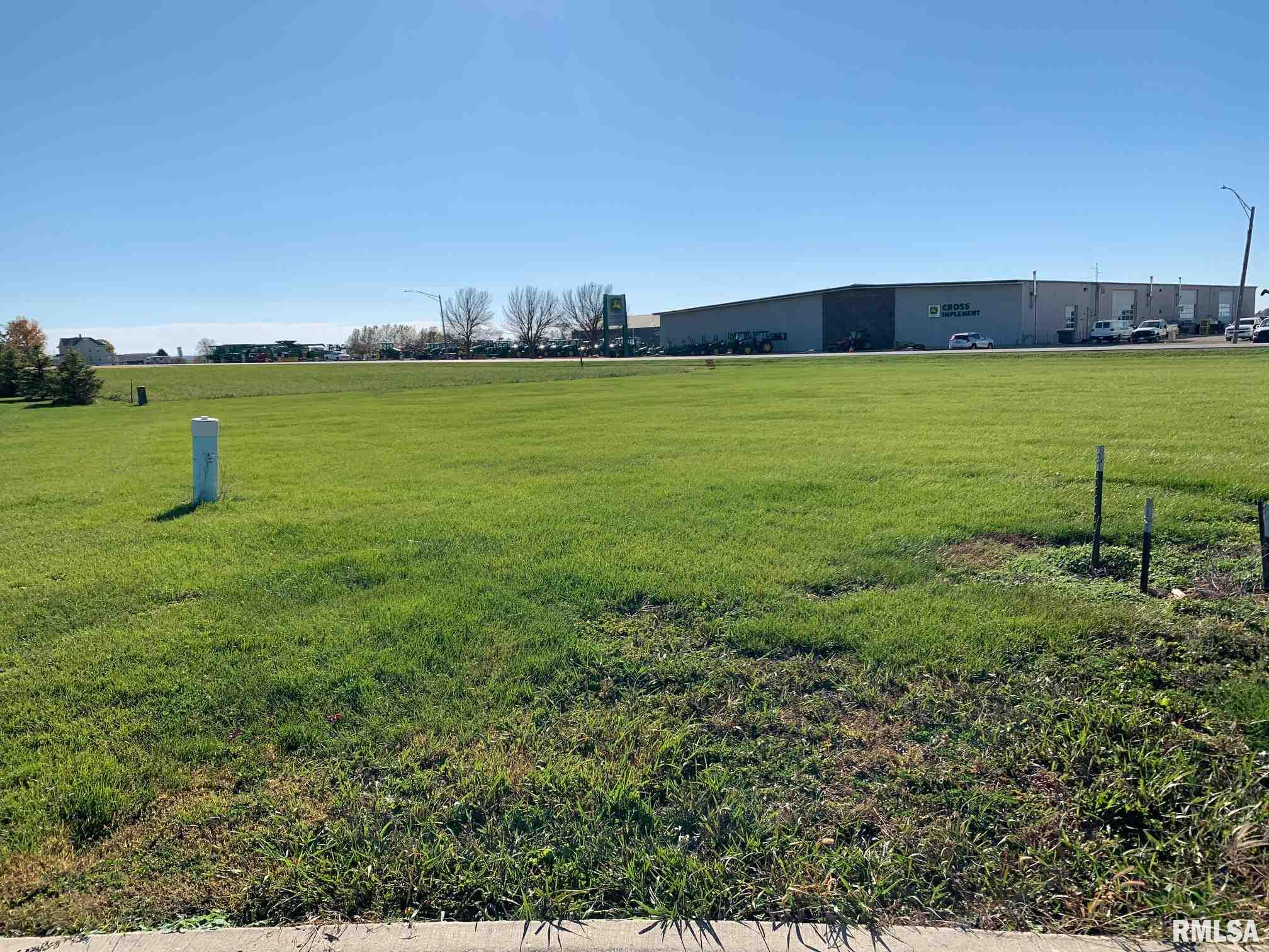 44 CANDLEWICK Property Photo - Minier, IL real estate listing