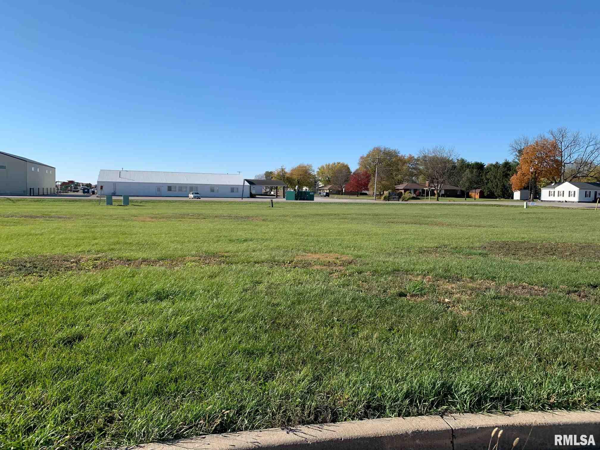 54 CANDLEWICK Property Photo - Minier, IL real estate listing
