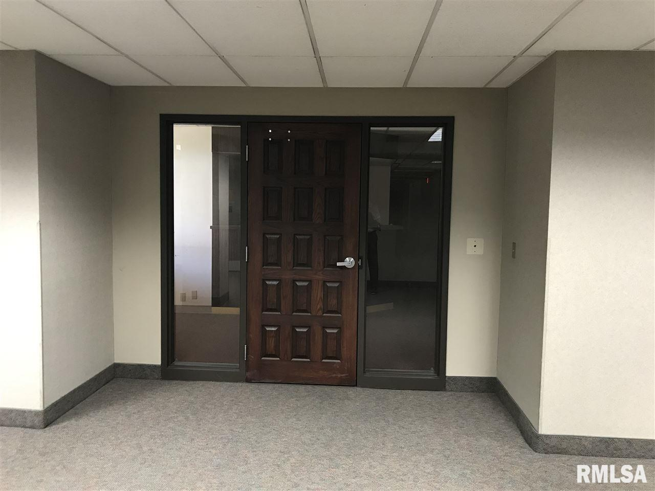 456 FULTON Property Photo - Peoria, IL real estate listing