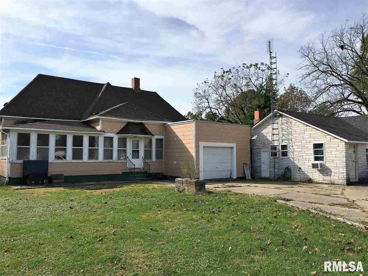 218 E BROADWAY Property Photo - Astoria, IL real estate listing