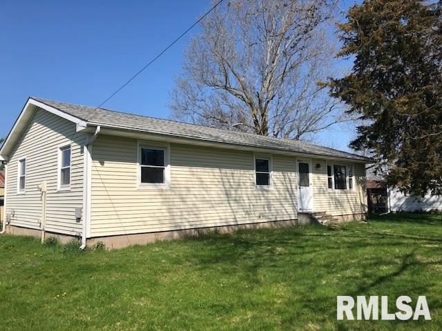730 S MAIN Property Photo - Blandinsville, IL real estate listing