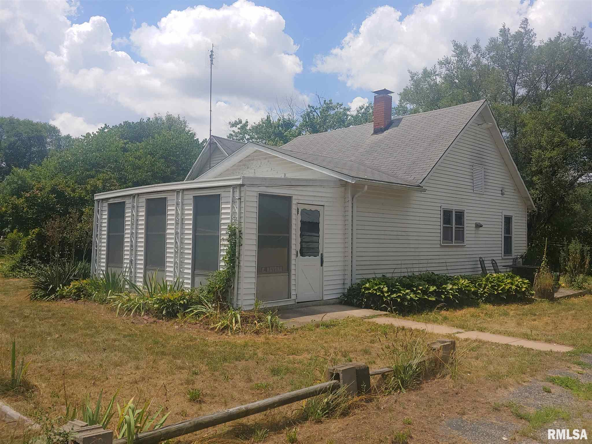 202 N OLIVE Property Photo - Bath, IL real estate listing