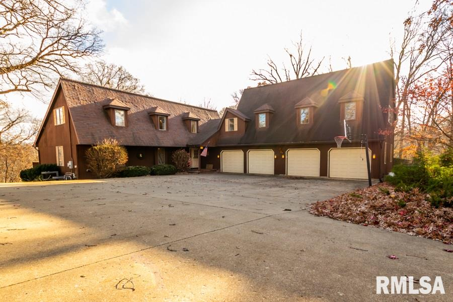 195 CAHOKIA Property Photo - Hopewell, IL real estate listing