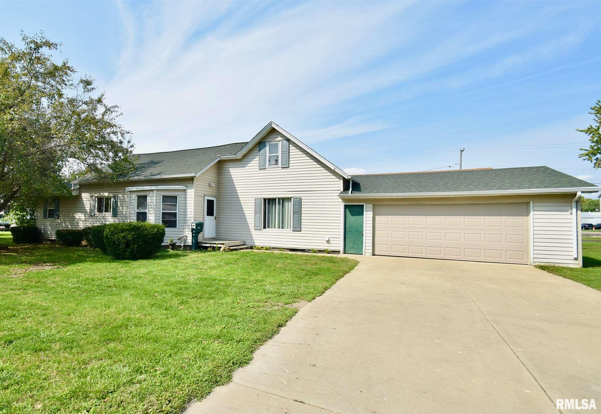 1300 THIRD Property Photo - Henry, IL real estate listing