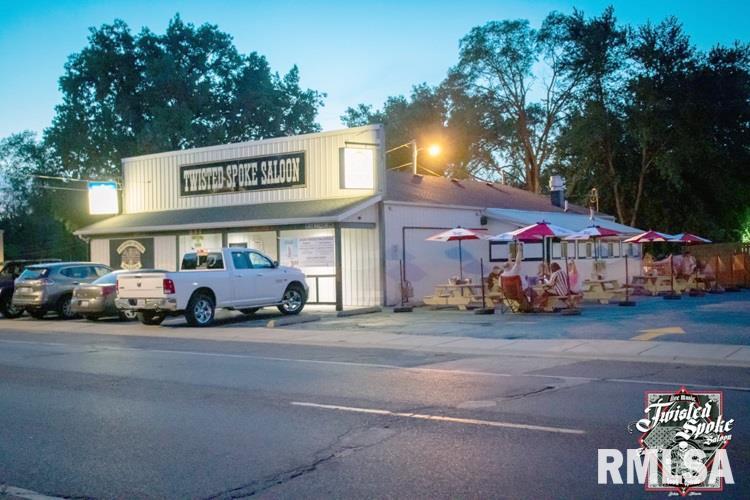 251 DERBY Property Photo - Pekin, IL real estate listing