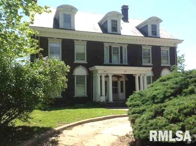 1006 W MOSS Property Photo - Peoria, IL real estate listing