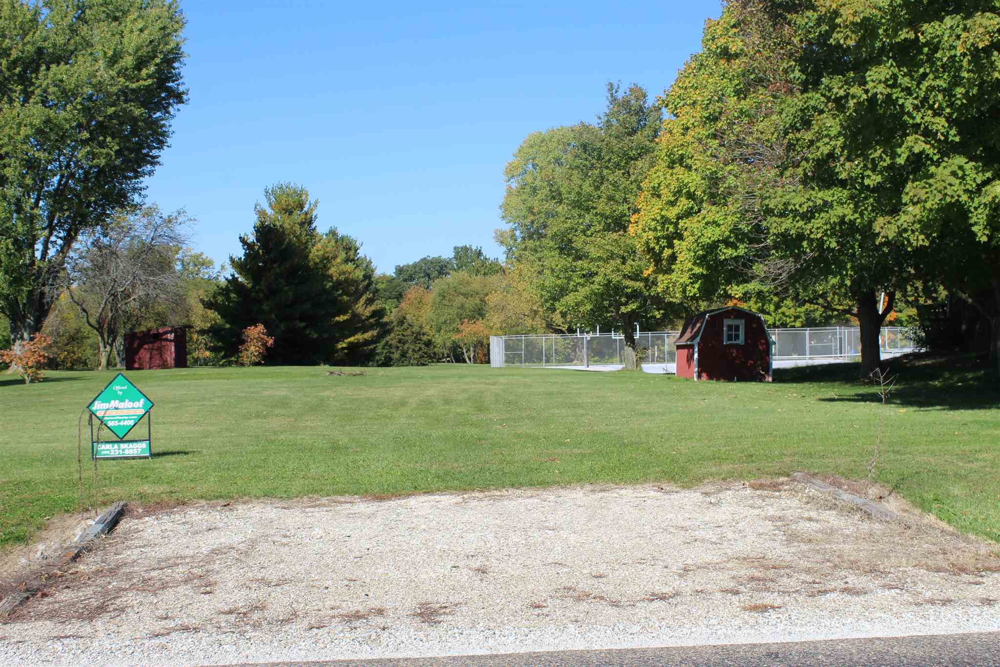 E PARK Property Photo - Farmington, IL real estate listing