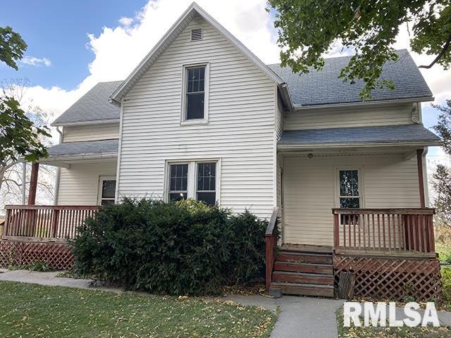 103 W CLINTON Property Photo - Toulon, IL real estate listing