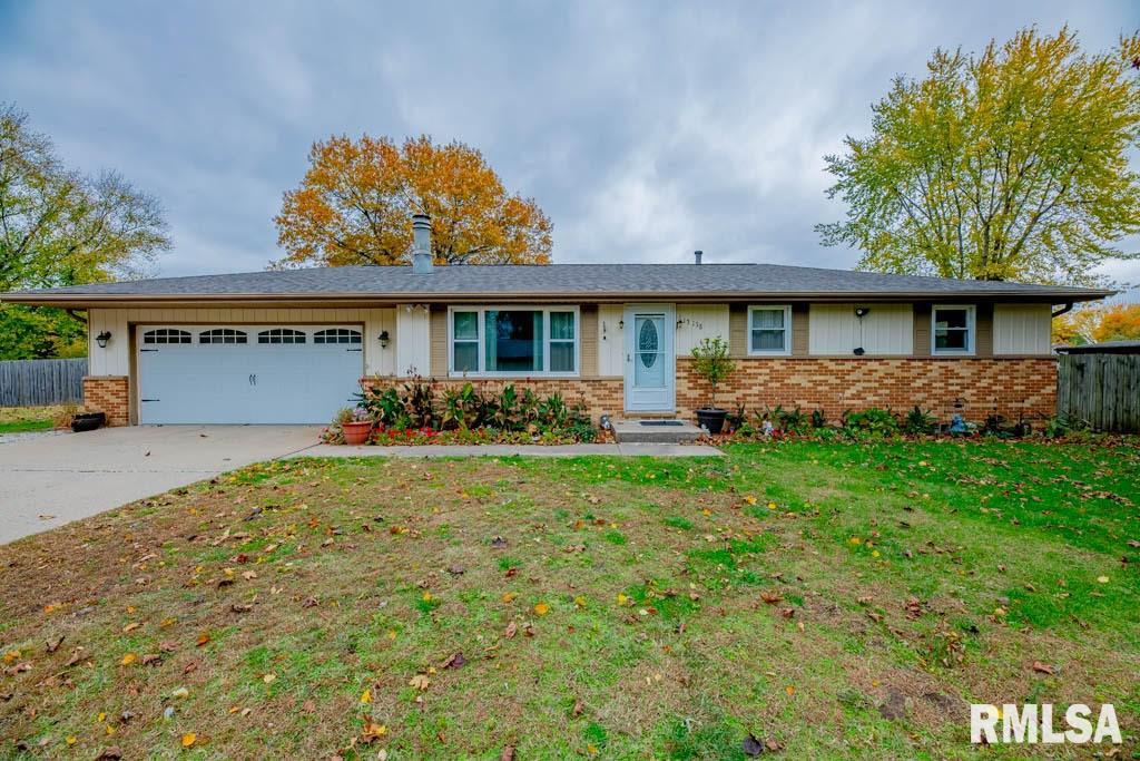 13138 CEDAR Property Photo - Manito, IL real estate listing