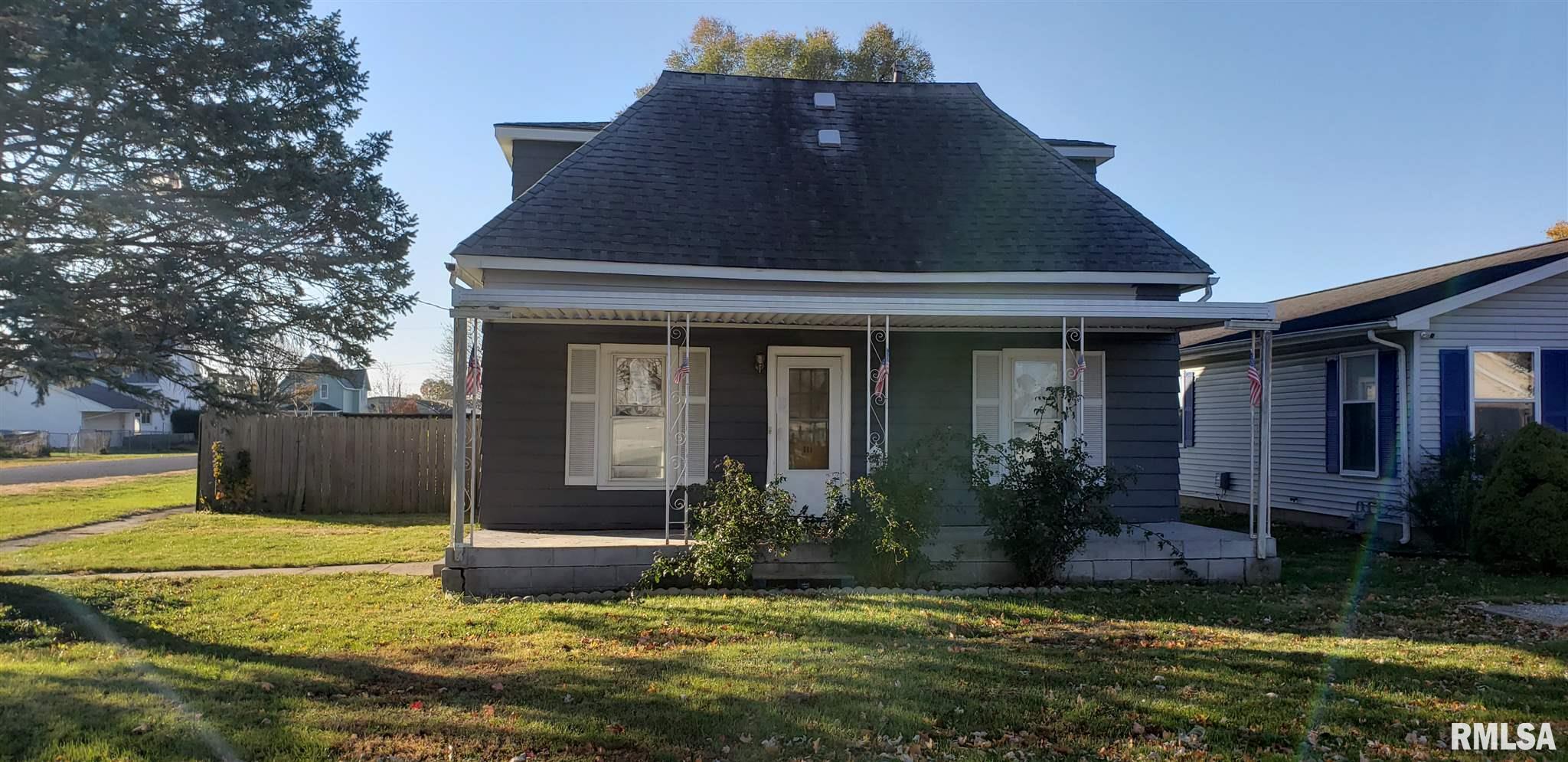 111 E OAKLEY Property Photo - Glasford, IL real estate listing