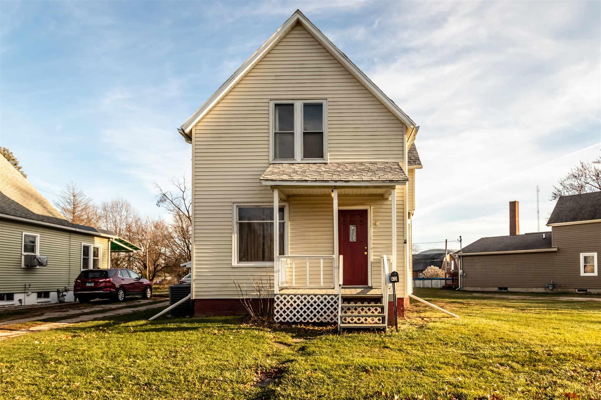 201 DIAGONAL Property Photo - Wyoming, IL real estate listing