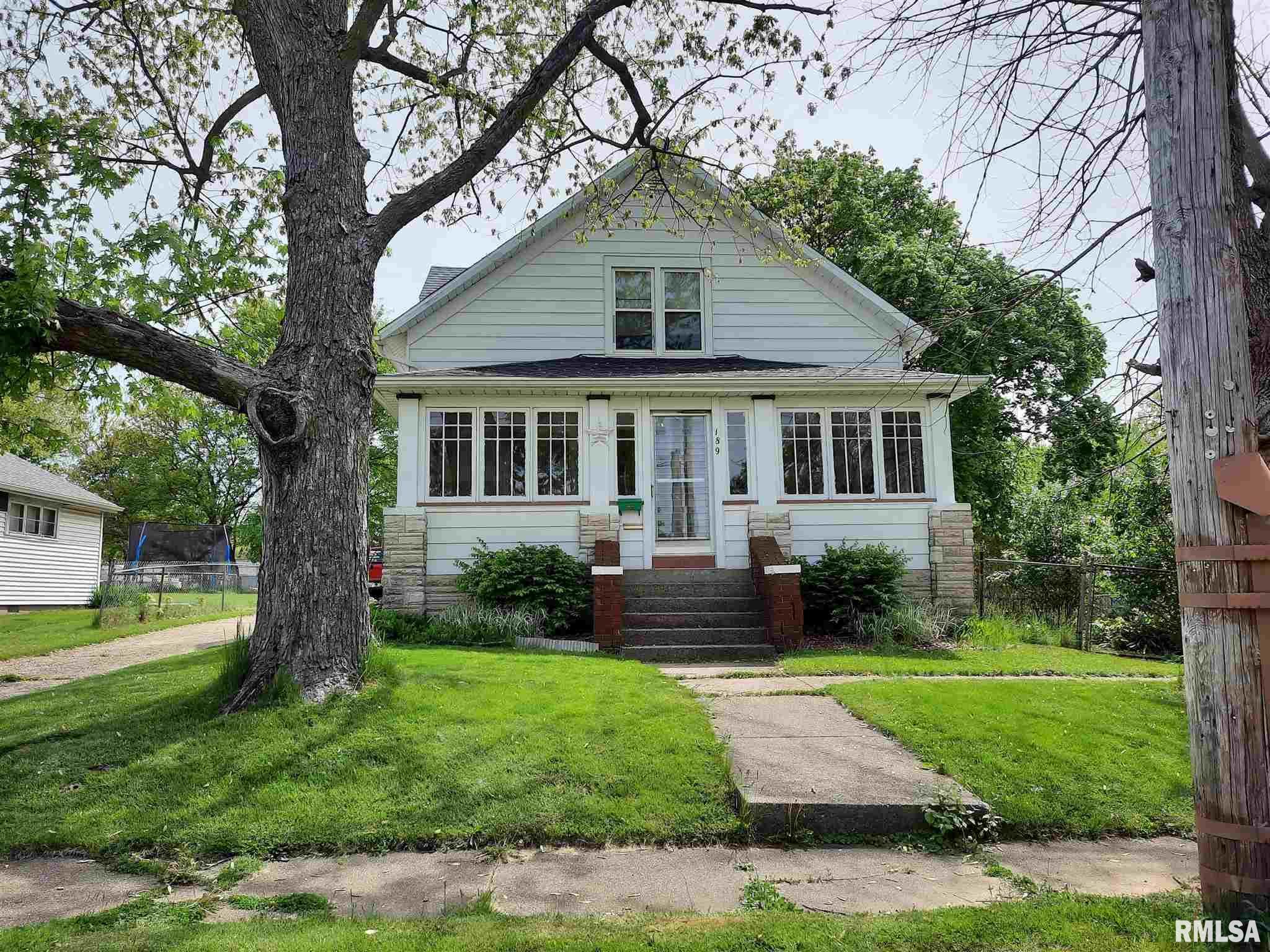 189 S CONE Property Photo - Farmington, IL real estate listing