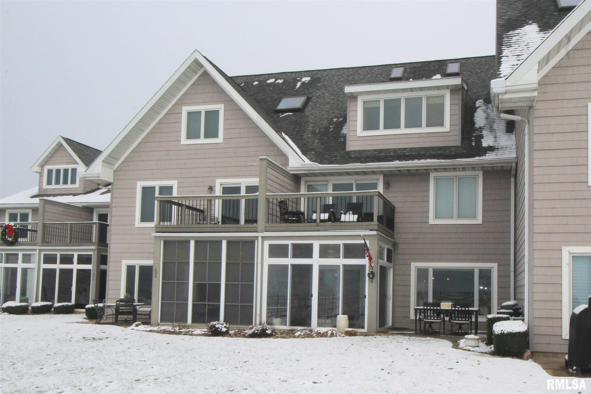 206 HARBOR POINTE Property Photo - East Peoria, IL real estate listing