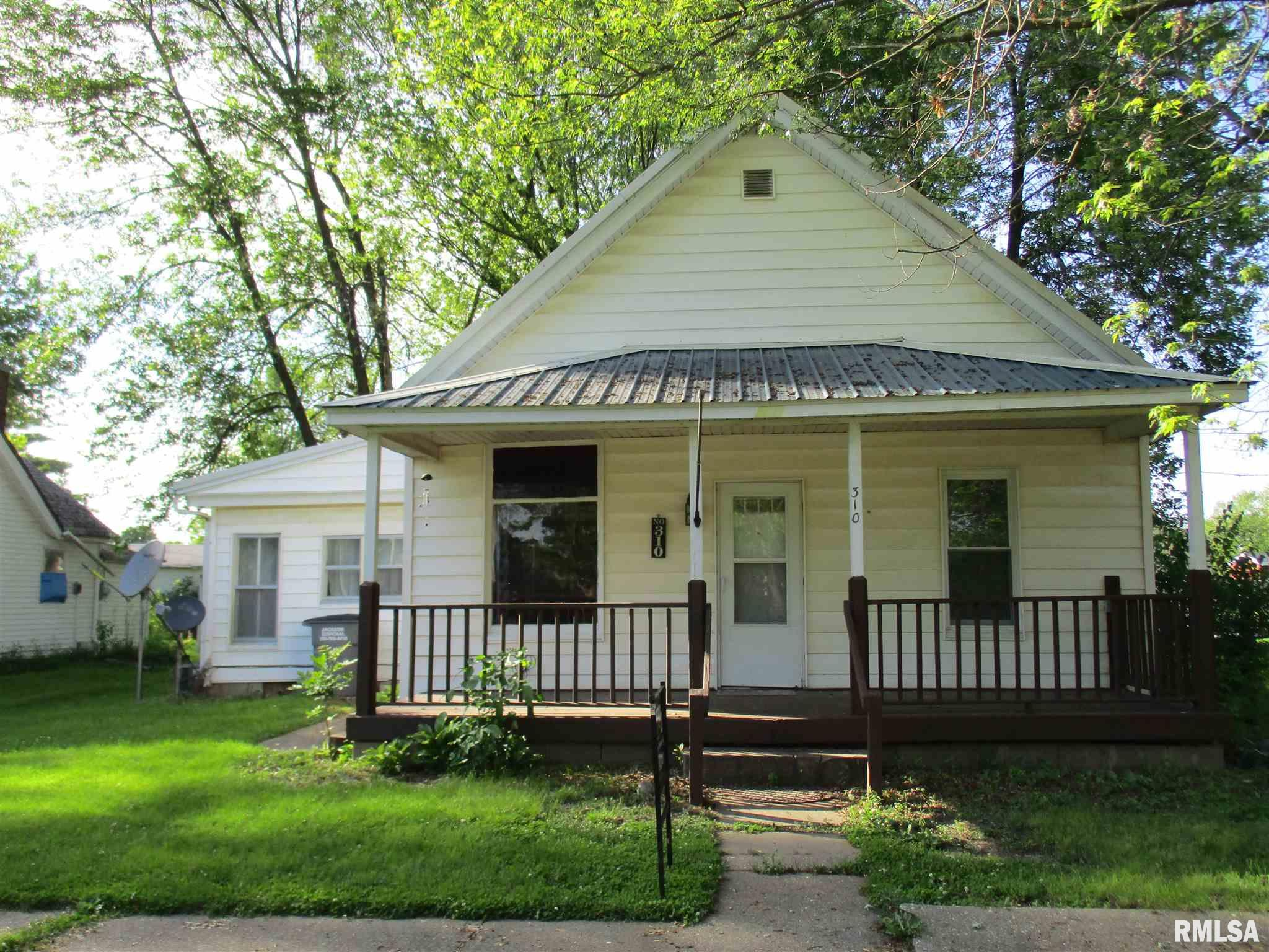 310 W SOUTH Property Photo - Colchester, IL real estate listing