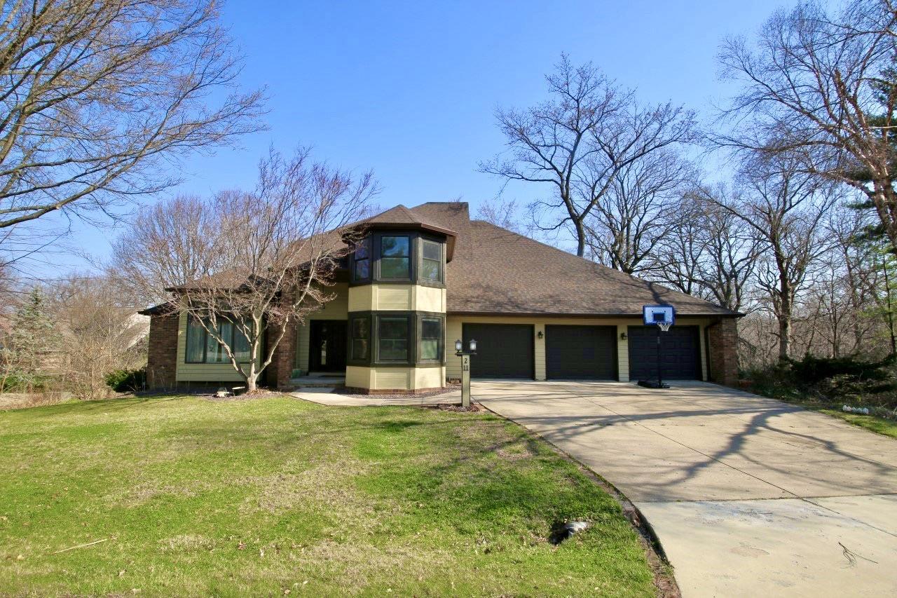 211 WINDRIDGE Property Photo - Washington, IL real estate listing
