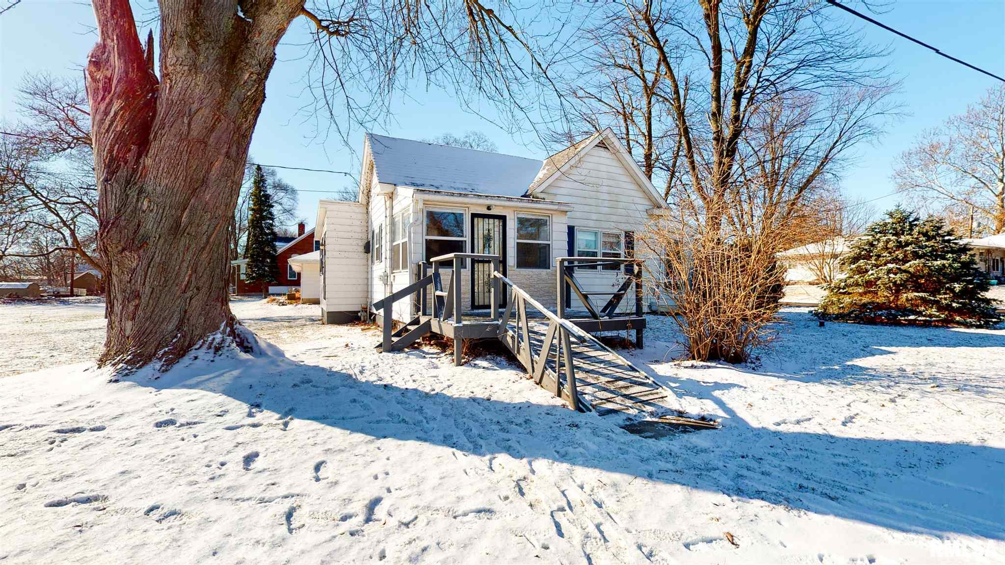 10520 MOSS Property Photo - Mossville, IL real estate listing