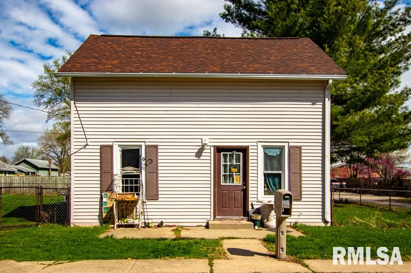 202 W AVENUE I Property Photo - Lewistown, IL real estate listing