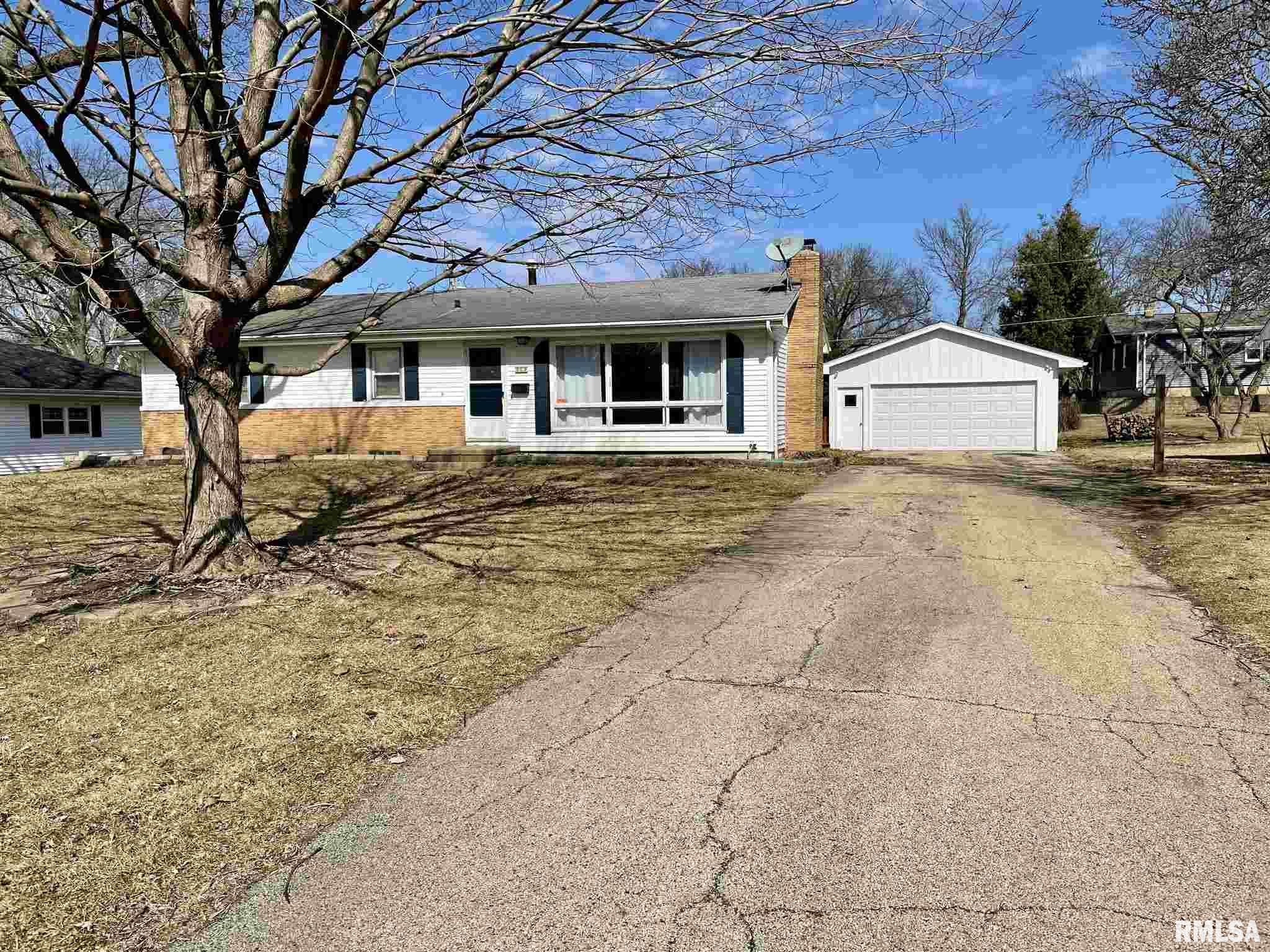 509 W BURTON Property Photo - Eureka, IL real estate listing