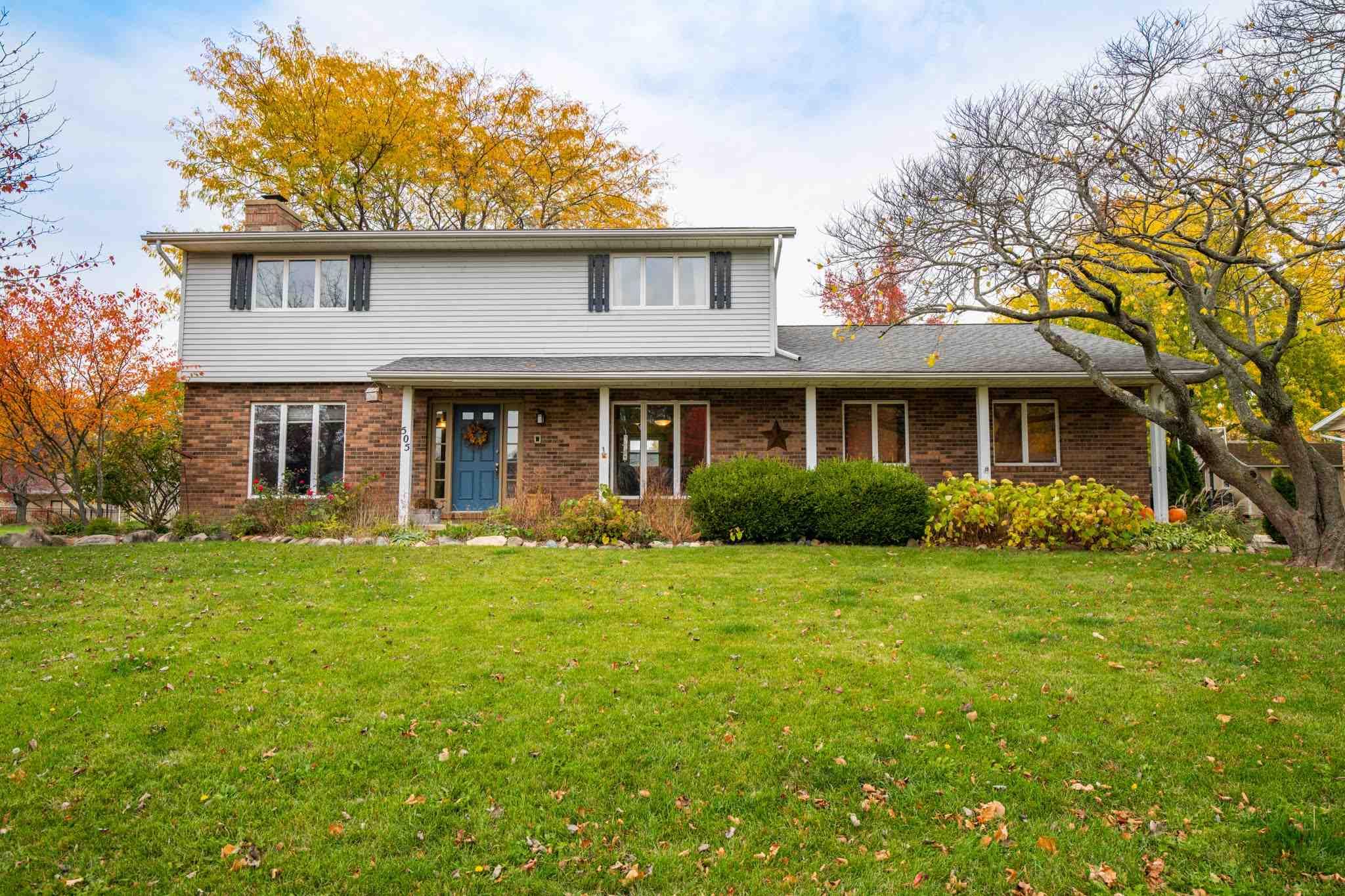 505 RIDGE Property Photo - Eureka, IL real estate listing