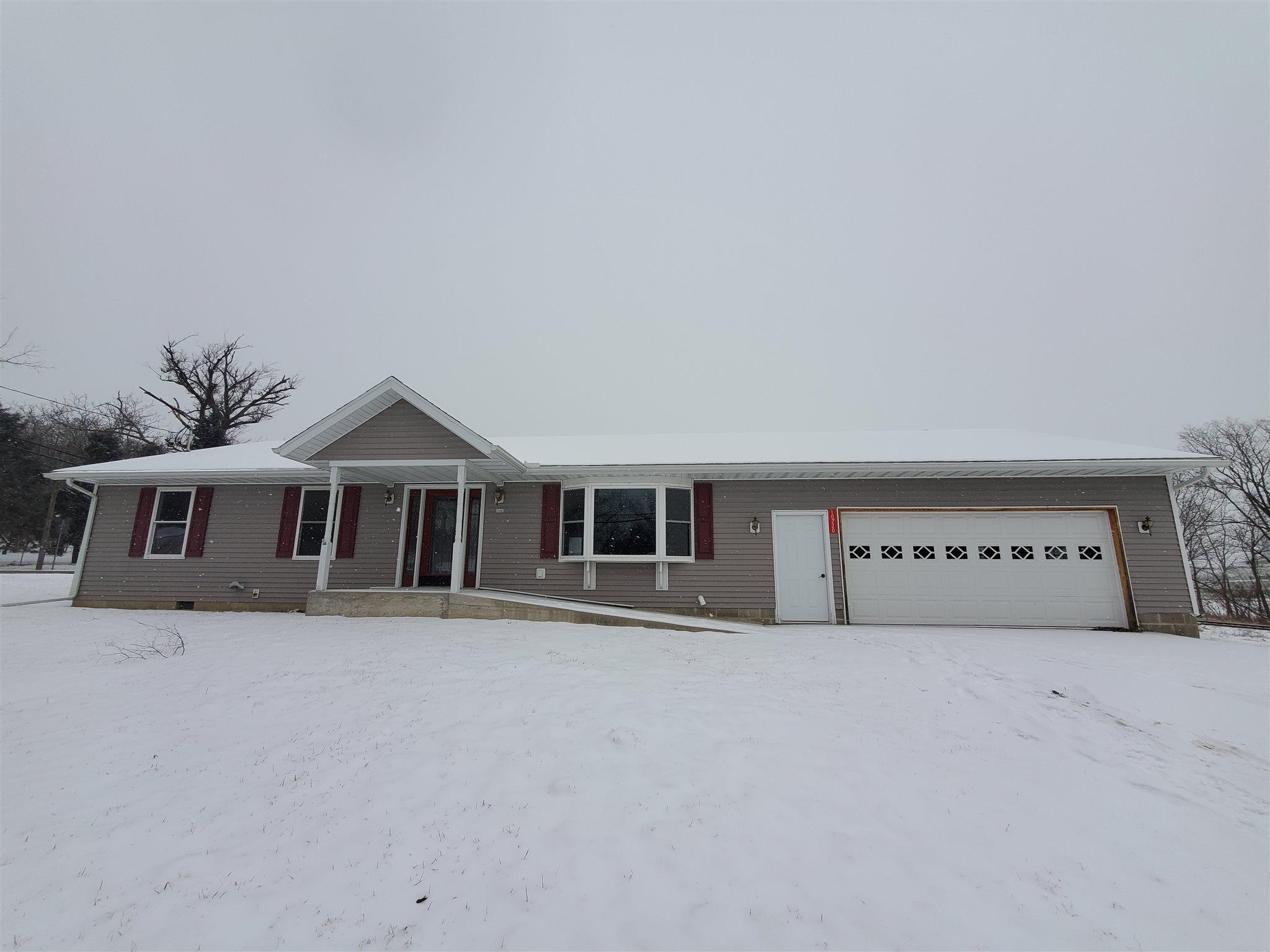 10220 S WALNUT Property Photo - Mapleton, IL real estate listing