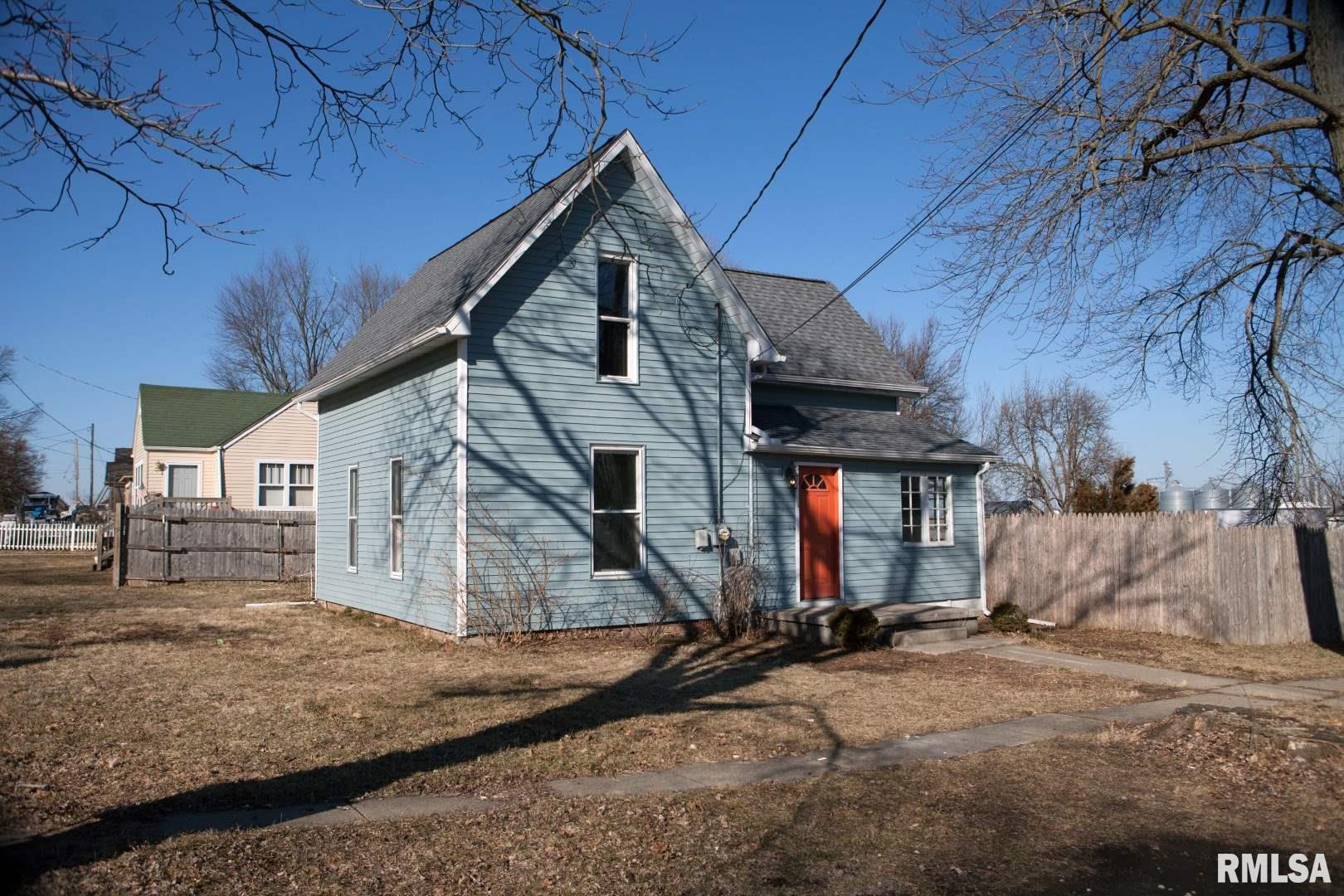401 E TAZEWELL Property Photo - Tremont, IL real estate listing