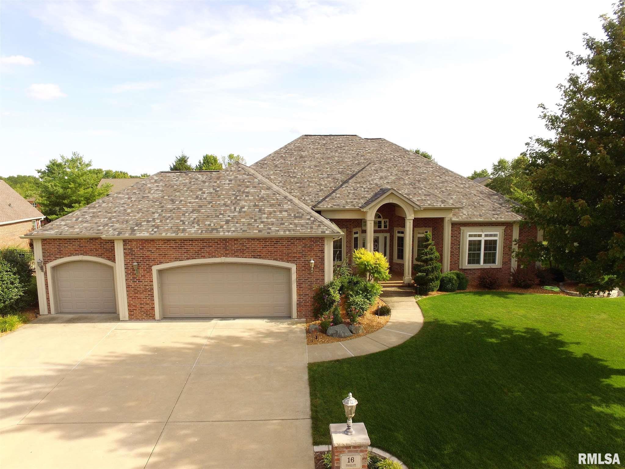 16 TOPAZ Property Photo - Morton, IL real estate listing