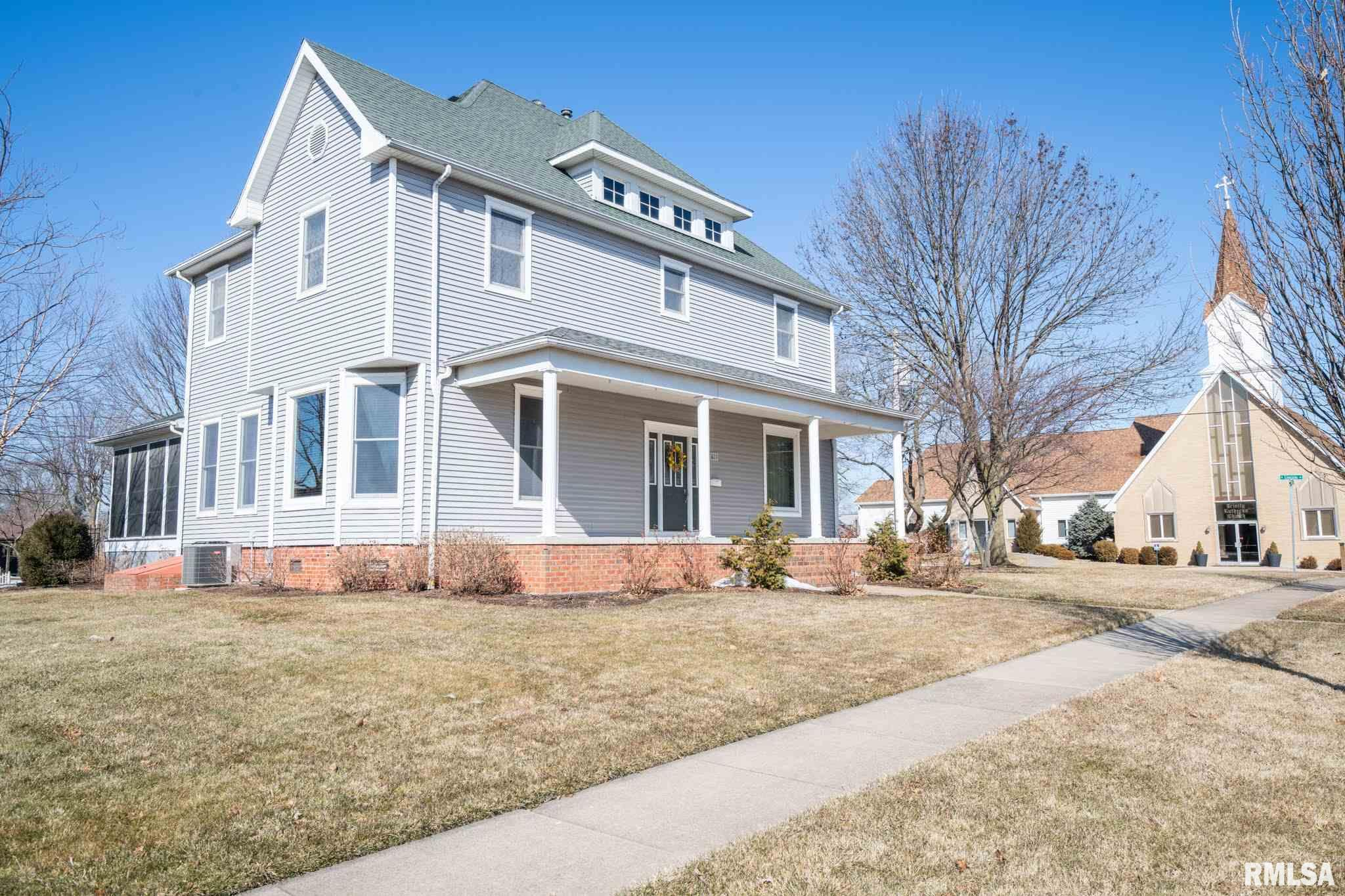 61561 Real Estate Listings Main Image