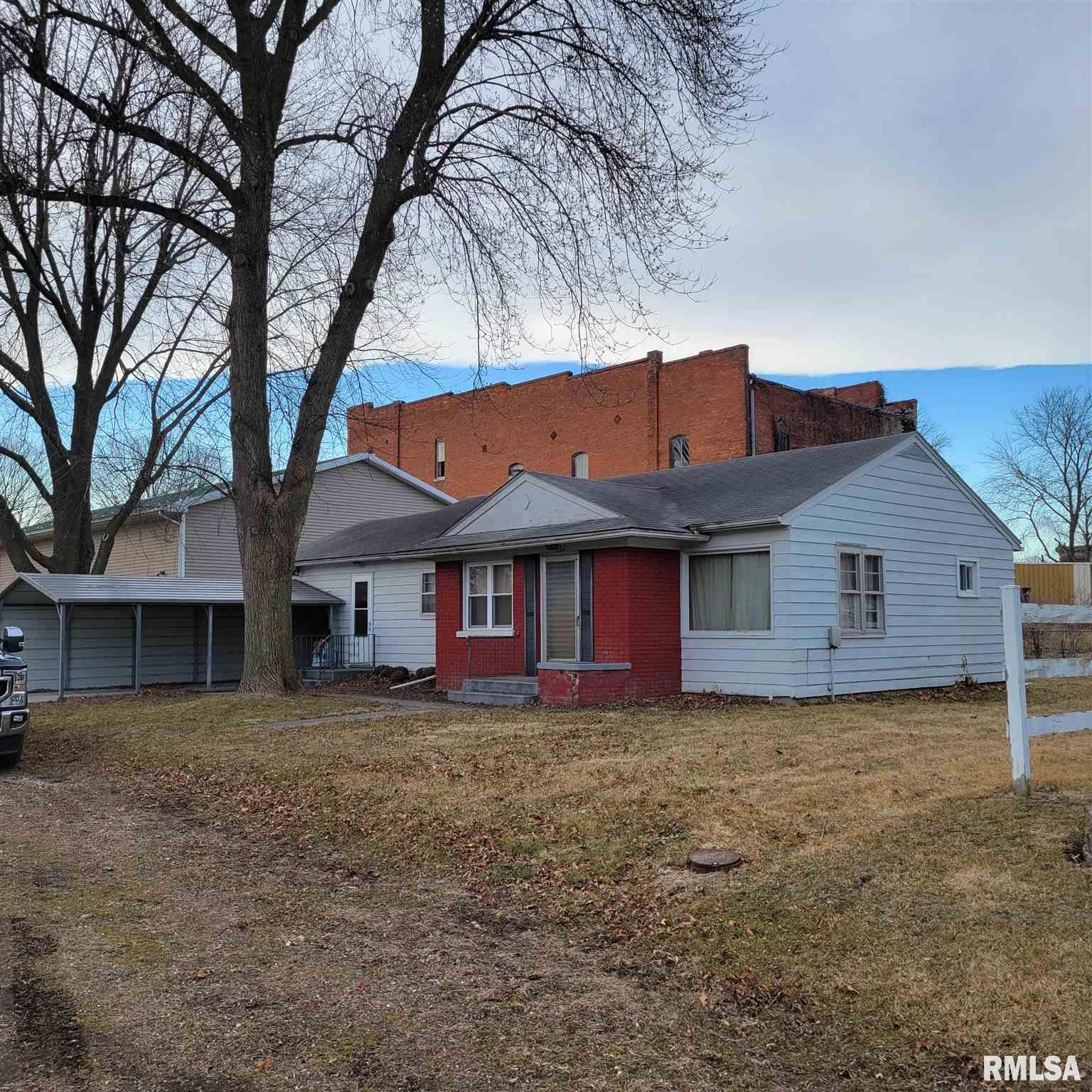102 E 1ST Property Photo - La Harpe, IL real estate listing