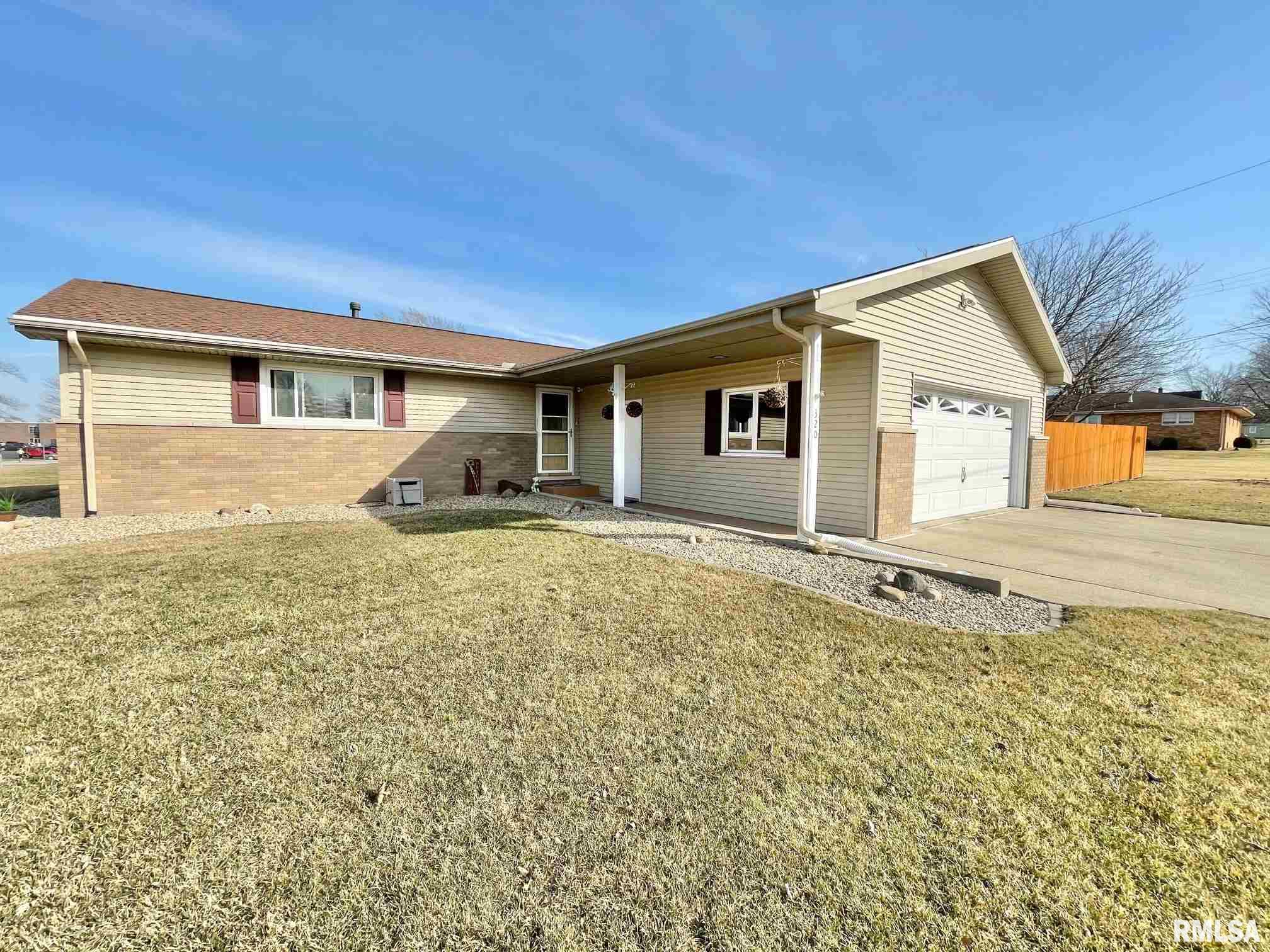 320 W MICHIGAN Property Photo - Metamora, IL real estate listing