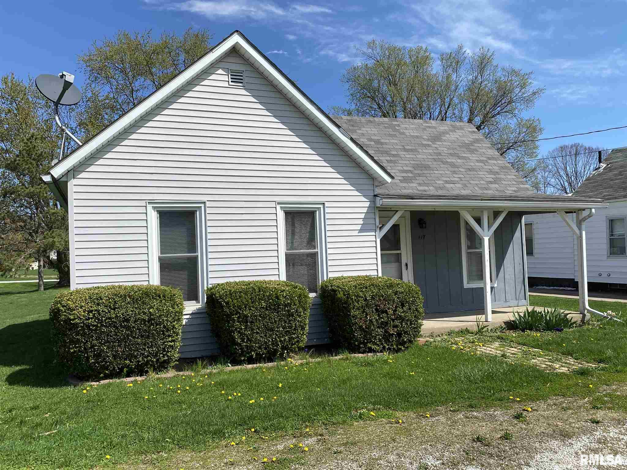 127 W FULTON Property Photo - Dunfermline, IL real estate listing