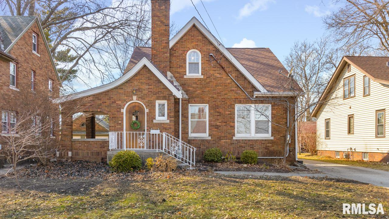 3217 N SHERIDAN Property Photo - Peoria, IL real estate listing