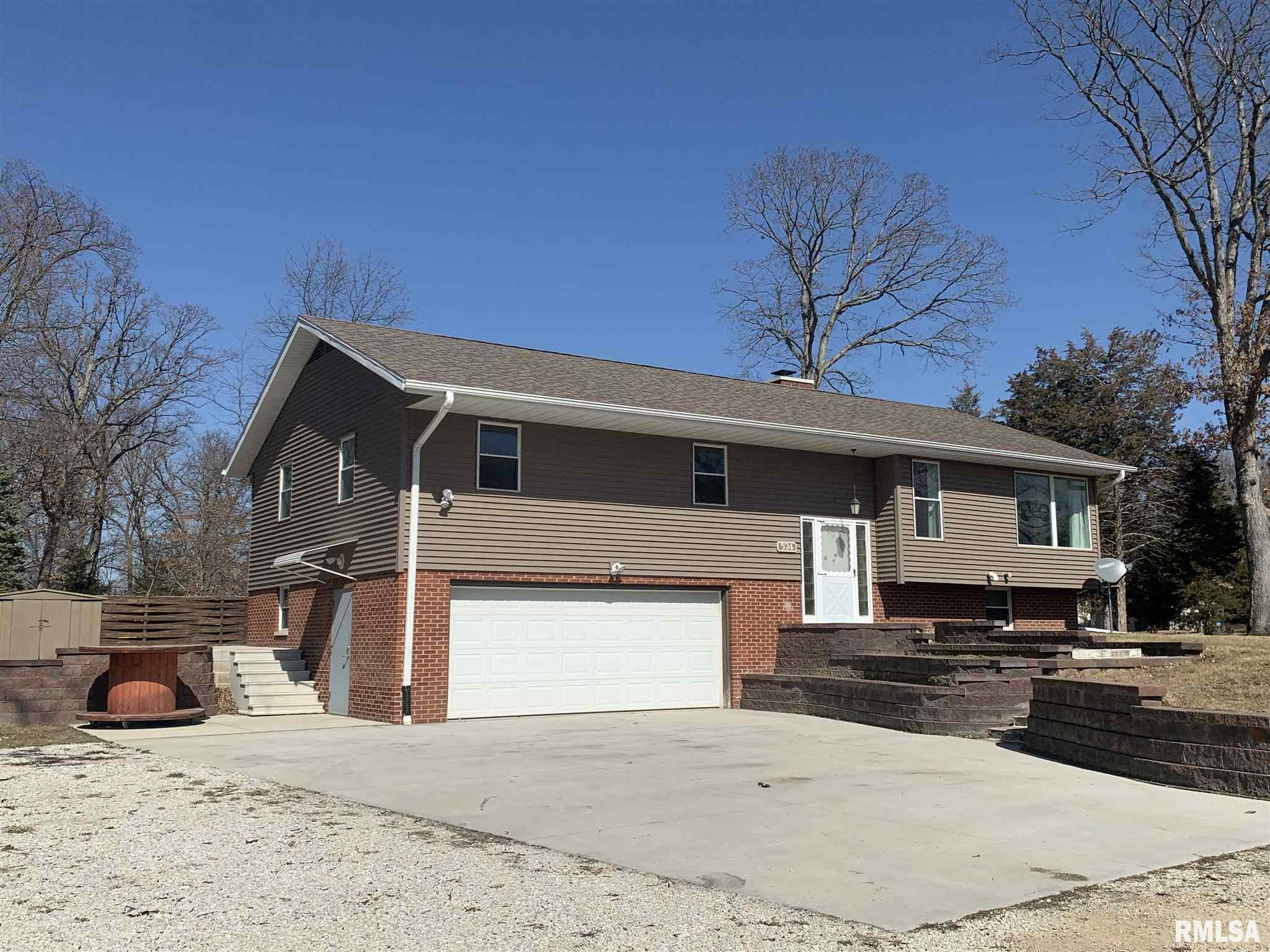 524 CEDAR Property Photo - Metamora, IL real estate listing