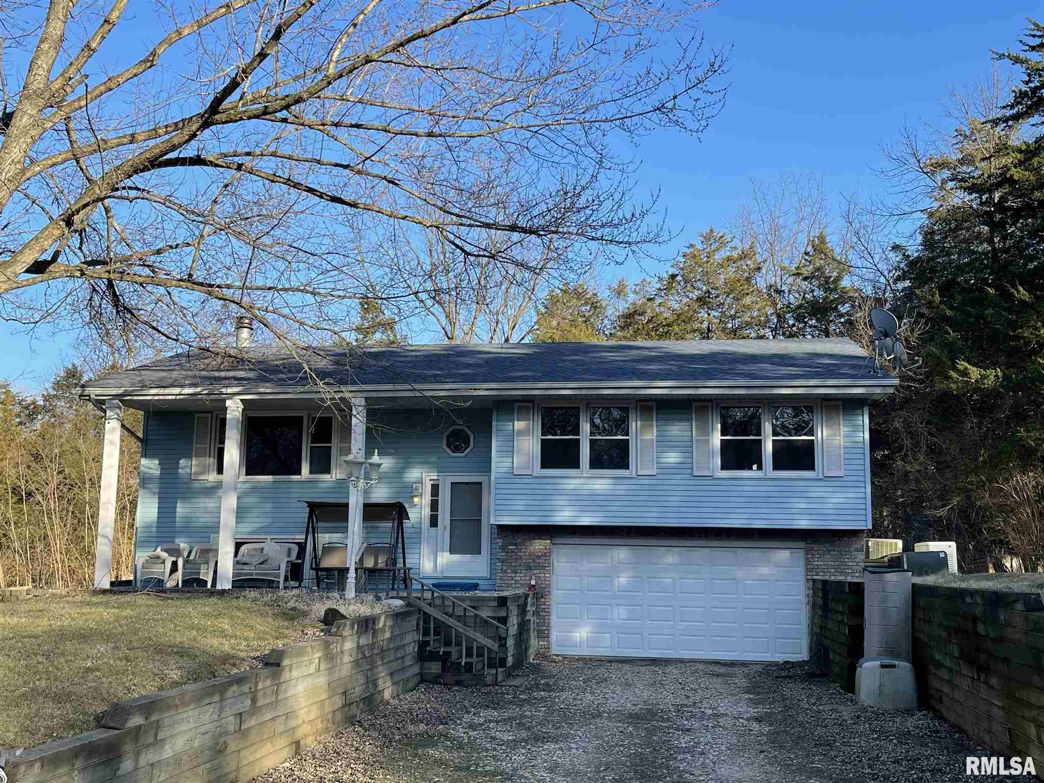 1527 DEER PATH Property Photo - Metamora, IL real estate listing