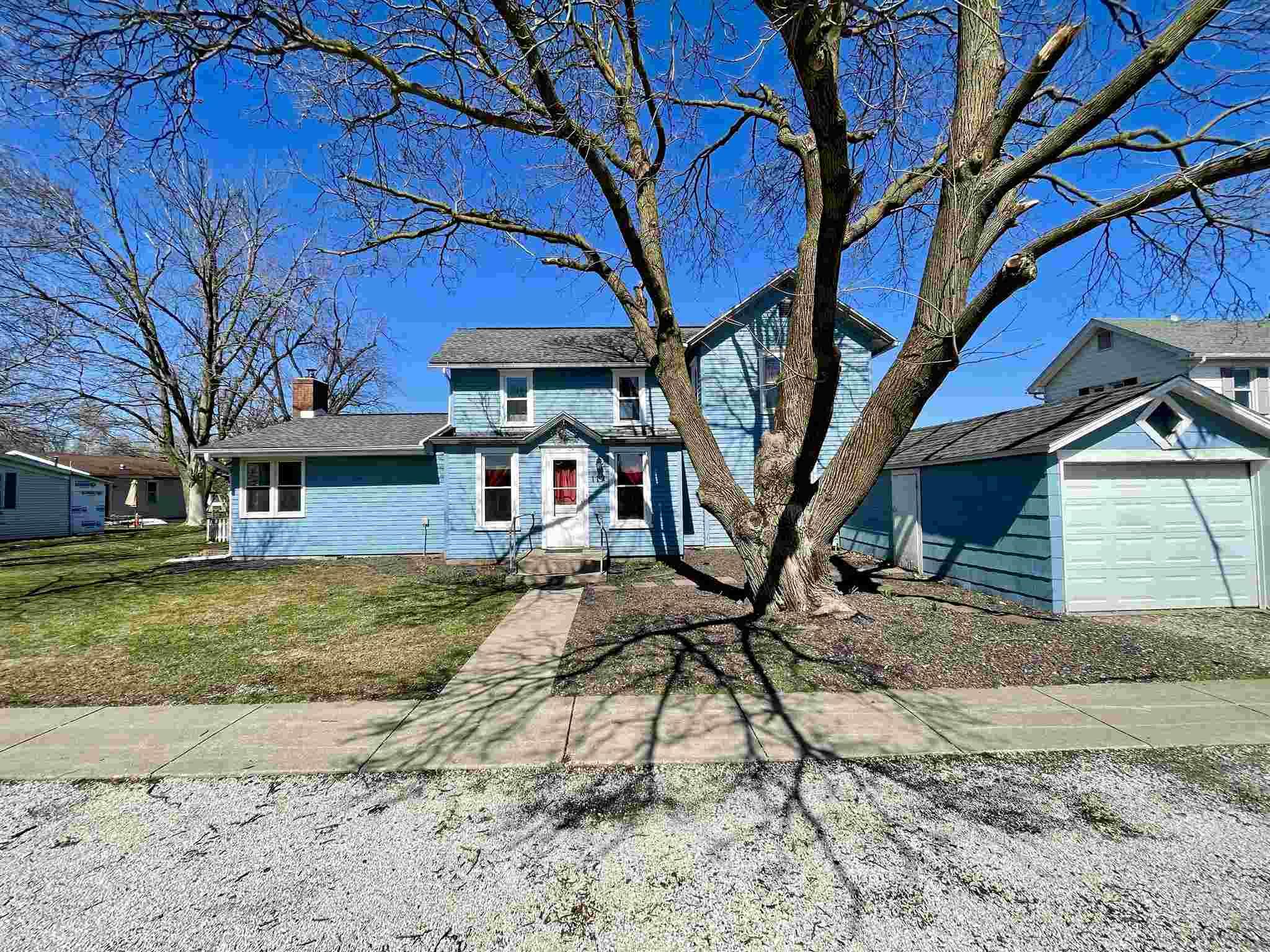 112 E FISK Property Photo - Goodfield, IL real estate listing