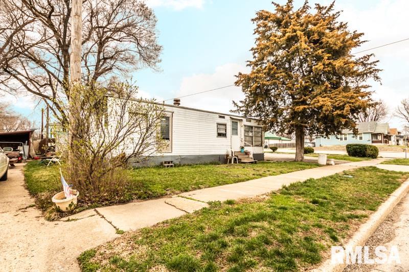 123 Collier Avenue Property Photo