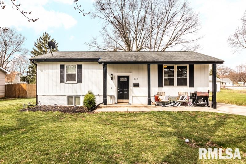 813 GREEN Property Photo - Henry, IL real estate listing