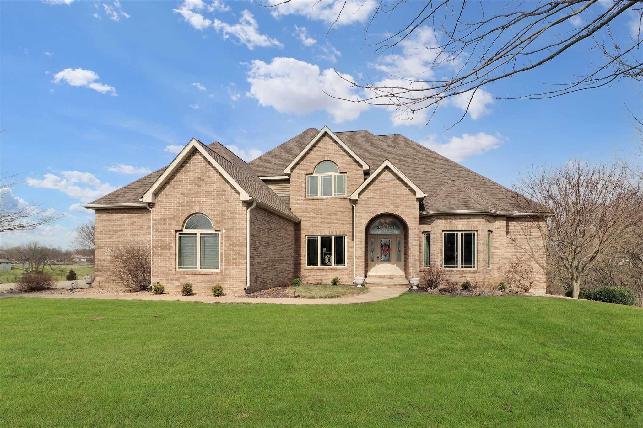 61547 Real Estate Listings Main Image