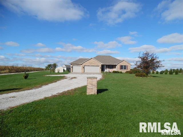 671 CR 1200E Property Photo - Eureka, IL real estate listing