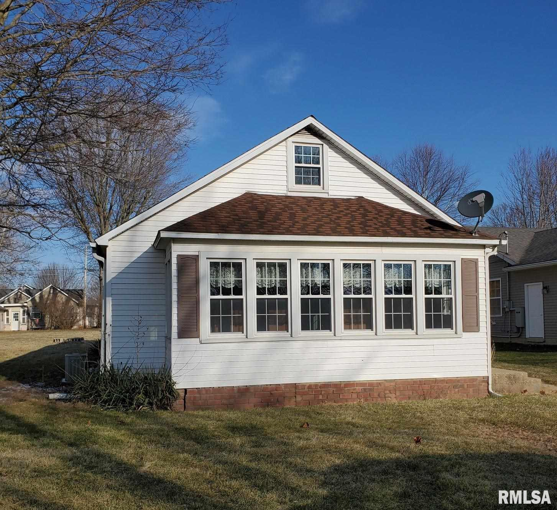 515 W LOGAN Property Photo - Toluca, IL real estate listing