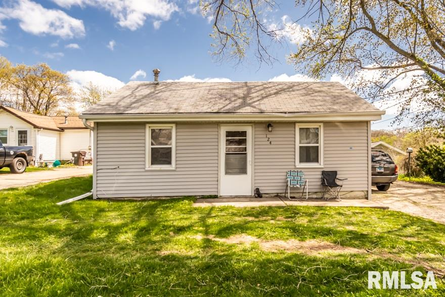 124 HOMEWOOD Property Photo - Creve Coeur, IL real estate listing