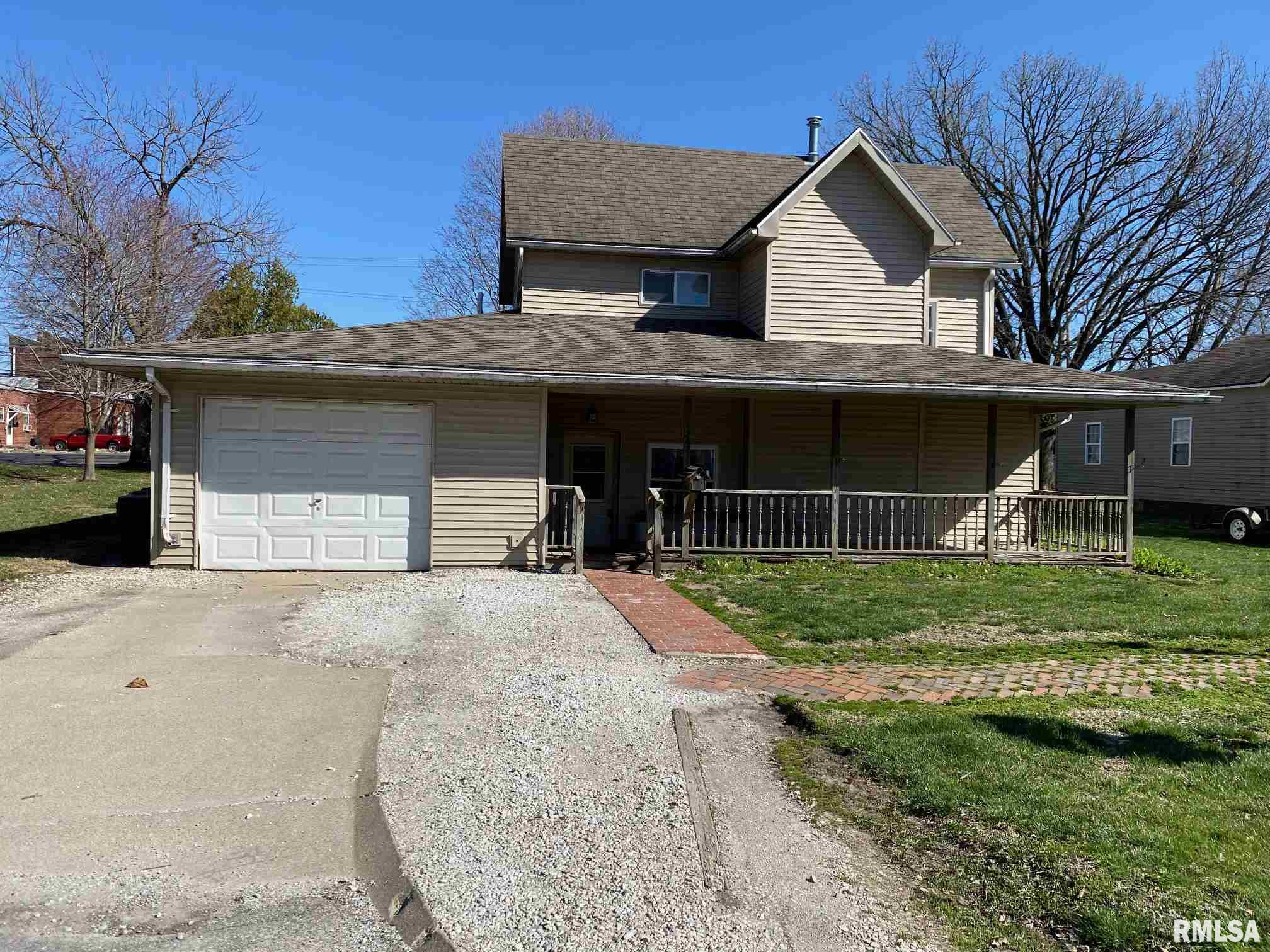 362 N DEAN Property Photo - Bushnell, IL real estate listing