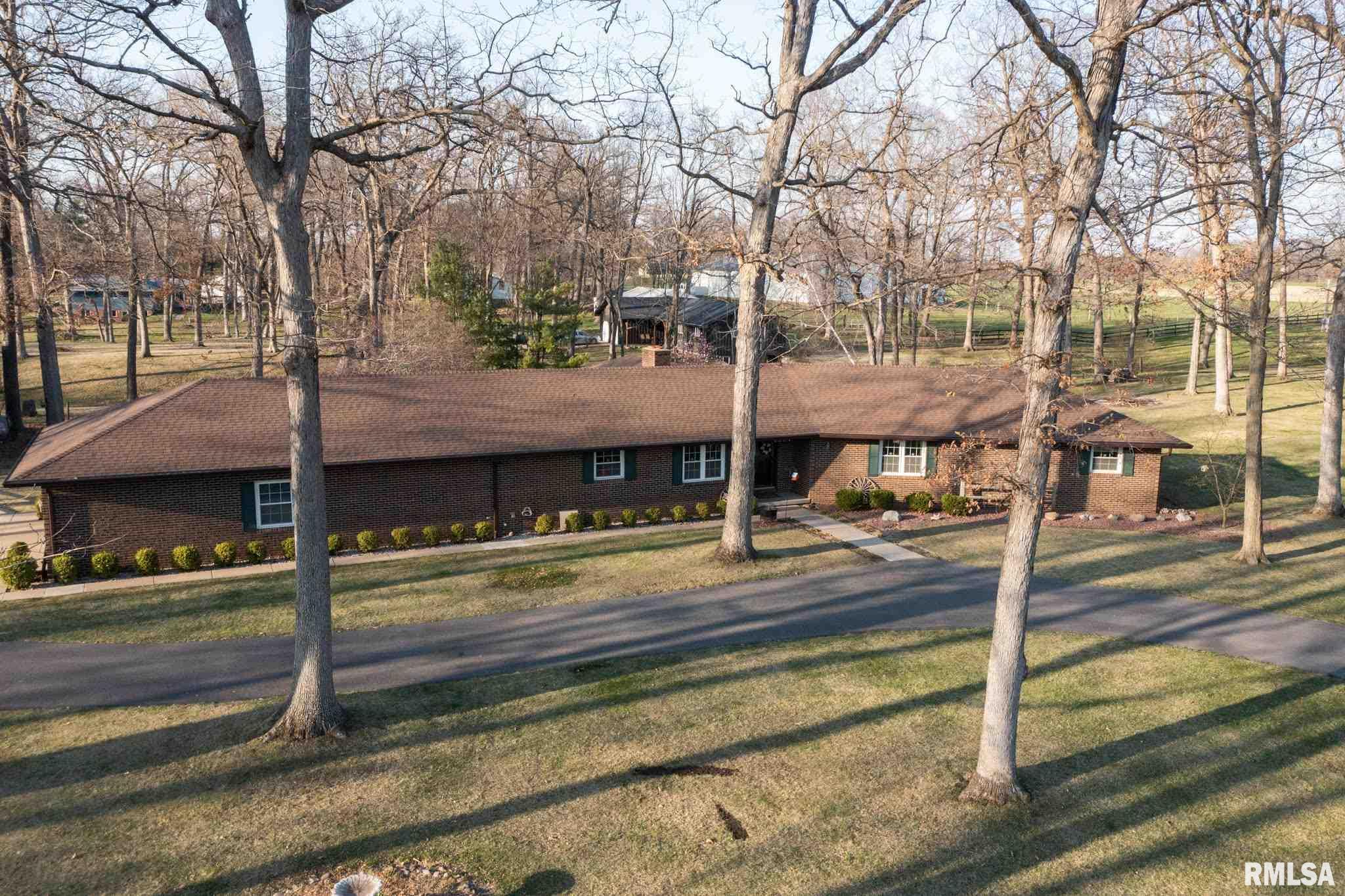 1597 SCHOOL Property Photo - Washington, IL real estate listing