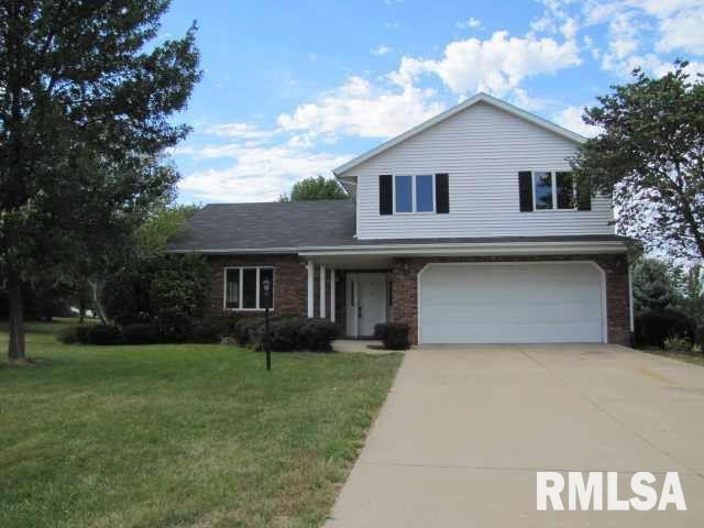 1009 HIGHLAND Property Photo - Germantown Hills, IL real estate listing