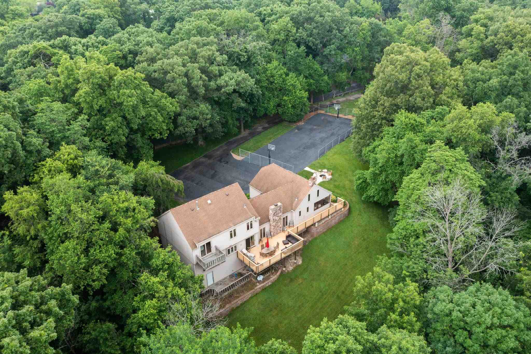 10 CHERRY HILLS Property Photo - Pekin, IL real estate listing
