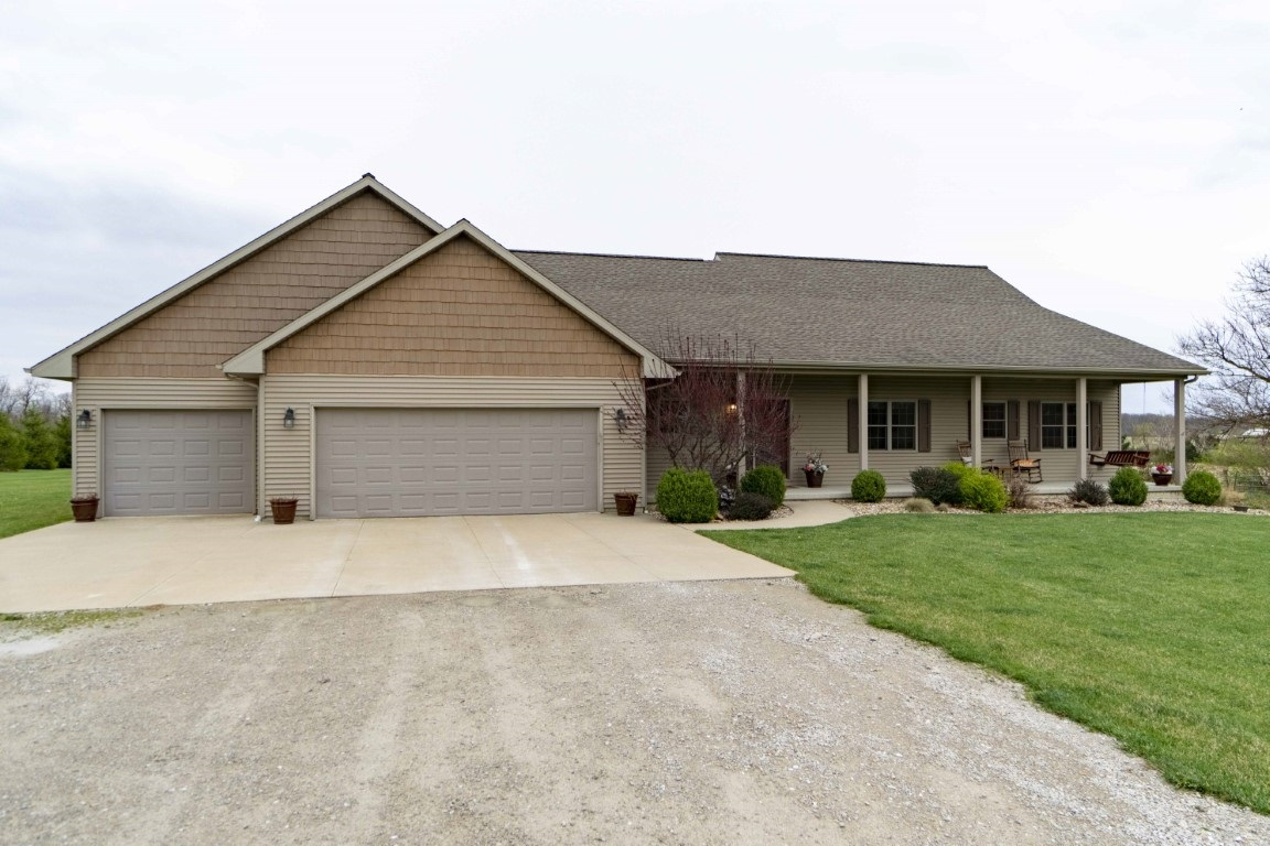 493 TAZEWOOD Property Photo - Metamora, IL real estate listing