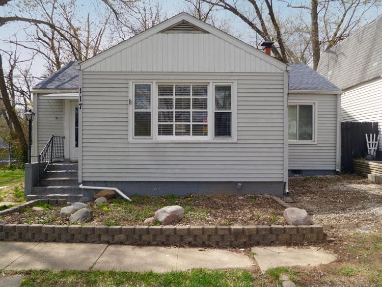 117 HOMEWOOD Property Photo - Creve Coeur, IL real estate listing